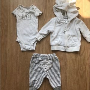 Other - Three piece carters newborn outfit